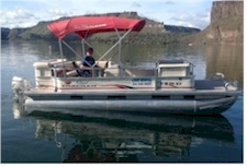Pontoon Boat on Lake Billy Chinook